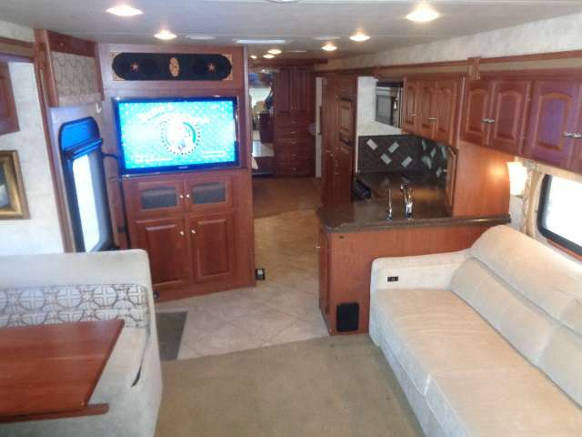 Vehicle Details Rv Motorhome Travel Trailer And Tent