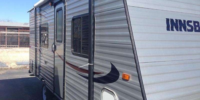 Travel Trailer - Non Slide Lite Innsbruck 19 BHC
