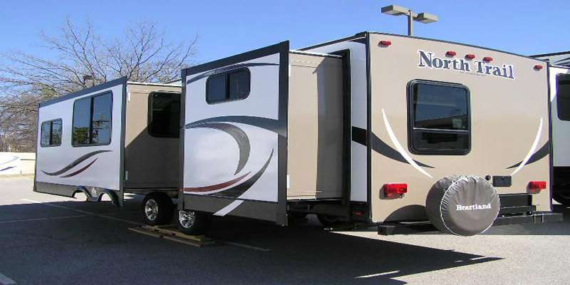 Travel Trailer - 2 Slideout Bunk house