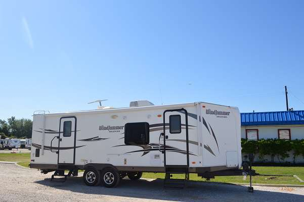 Travel Trailer - 2 Slide Out - Rockwood Windjammer 2618W