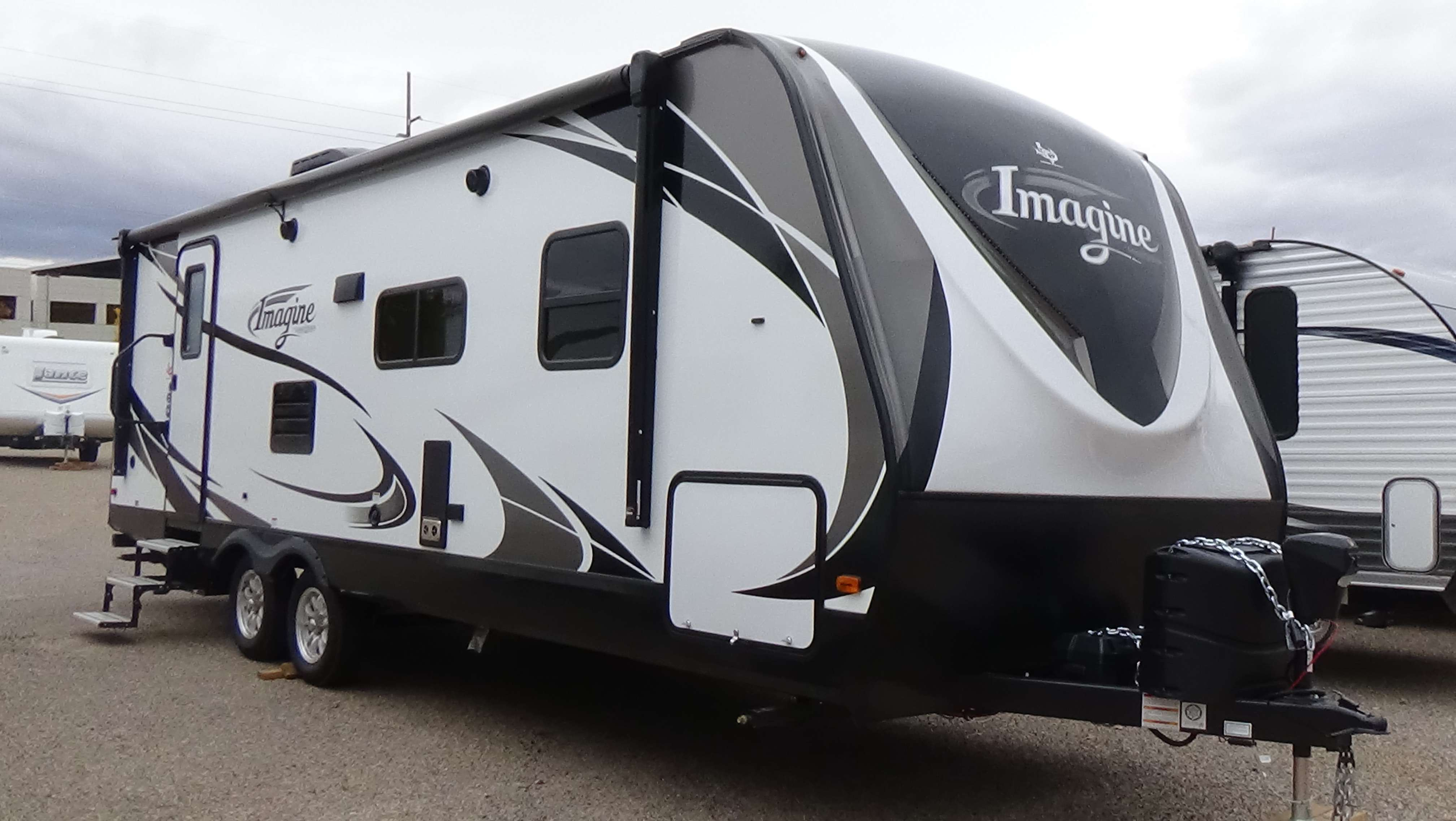 Travel Trailer - 1 Slide Out Imagine 2600RB