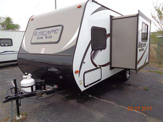 Travel Trailer - 1 Slide Out Bunks Spree Escape 191BH