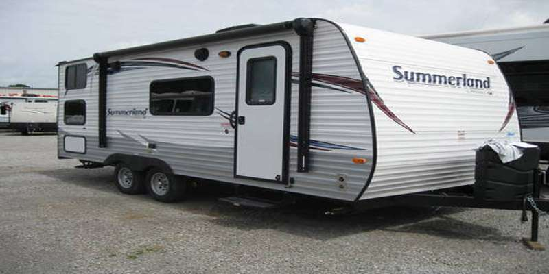 Travel Trailer-Non Slide-Summerland