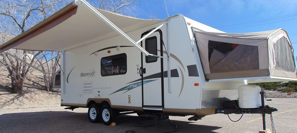 Travel Trailer - 1 Slideout Shamrock