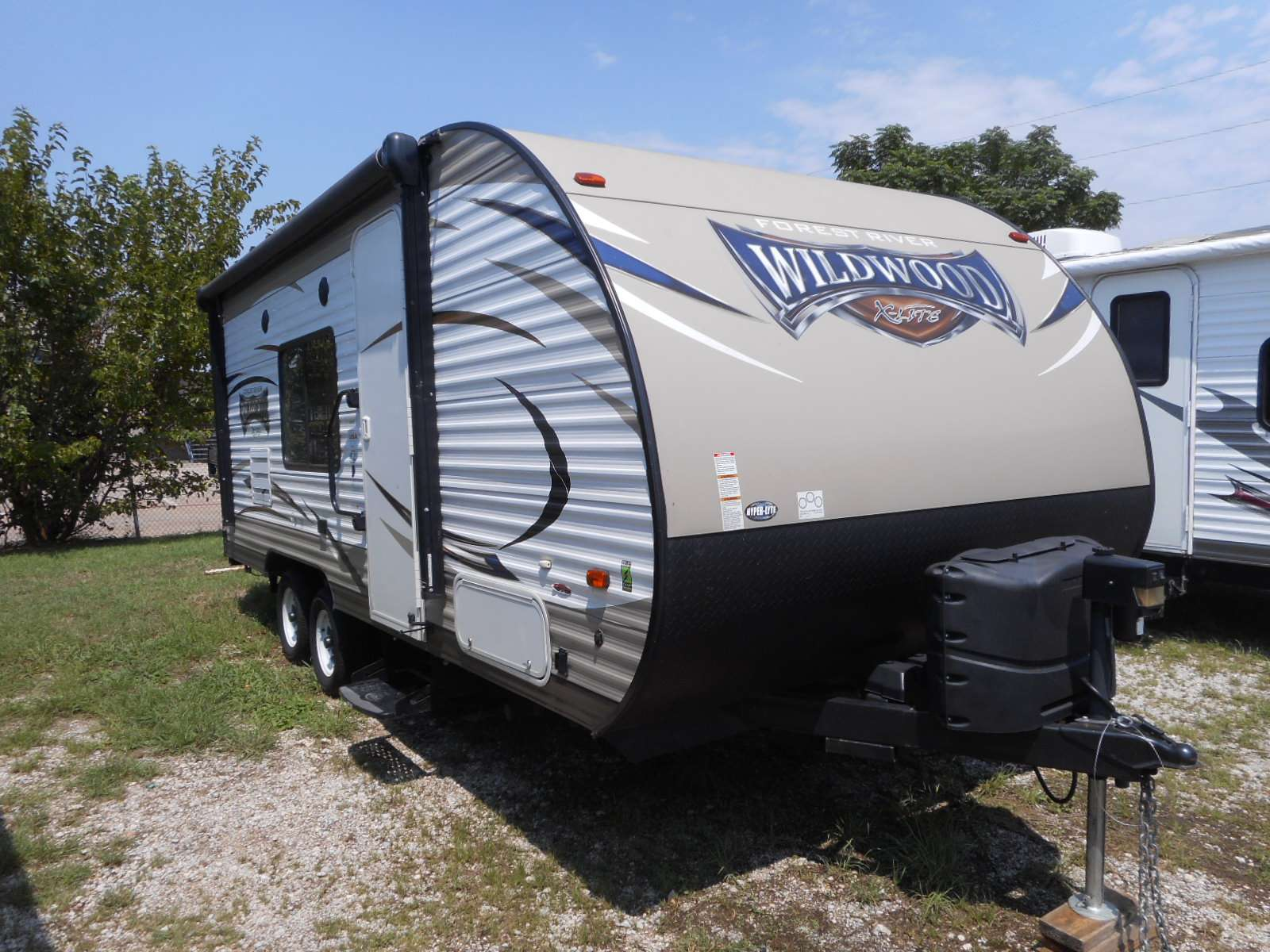 Vehicle Details Rv Motorhome And Travel Trailer Rentals In Dallas