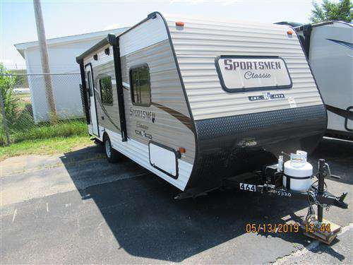 Travel Trailer - Sportsmen 160 QB - No Slide