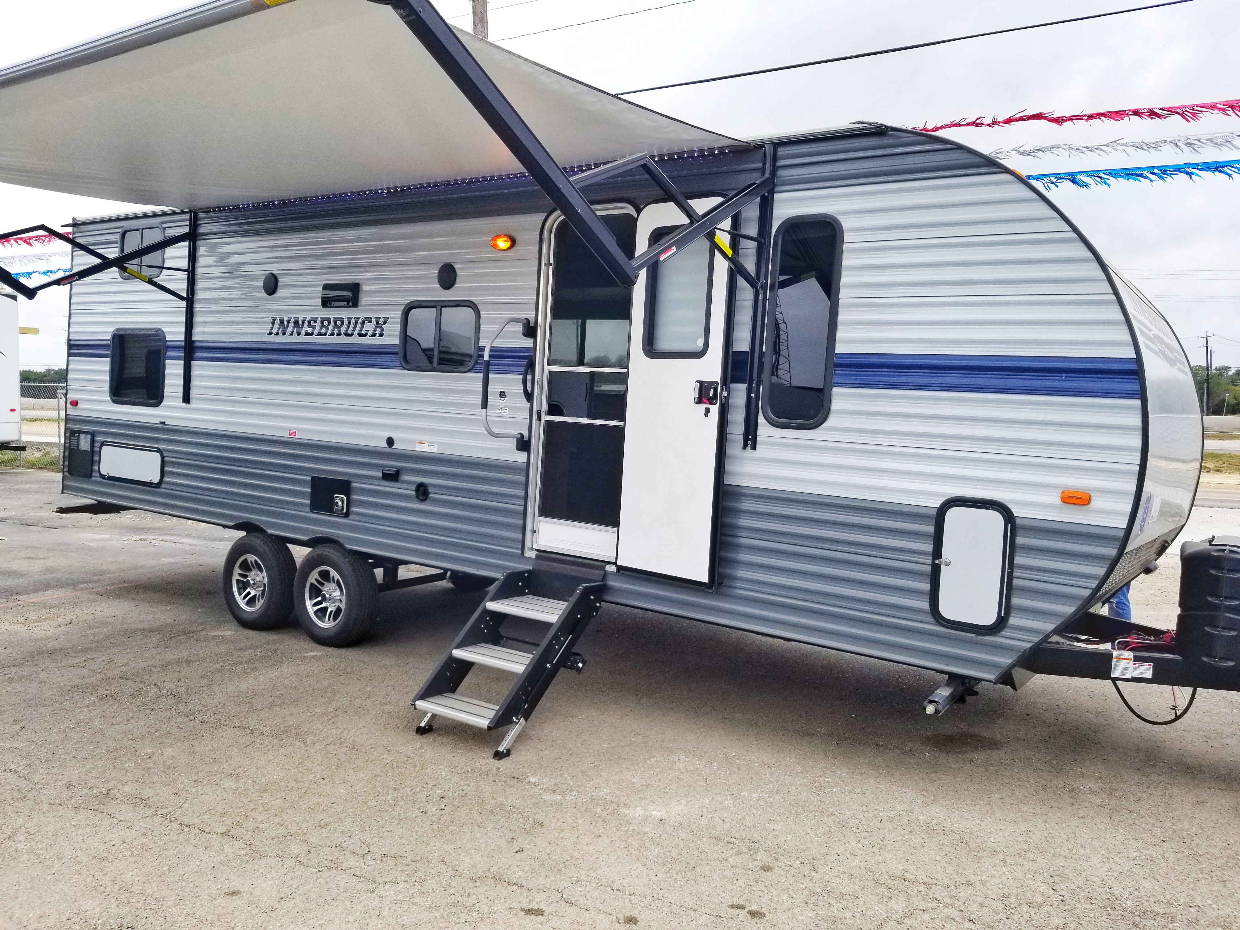 Travel Trailer - 1 Slide Out - Innsbruck 255BH
